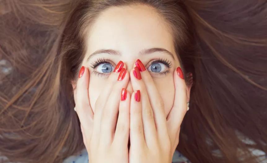 انواع و نشانه های استرس حاد و هر آنچه که باید در مورد این بیماری روانی شایع بدانید