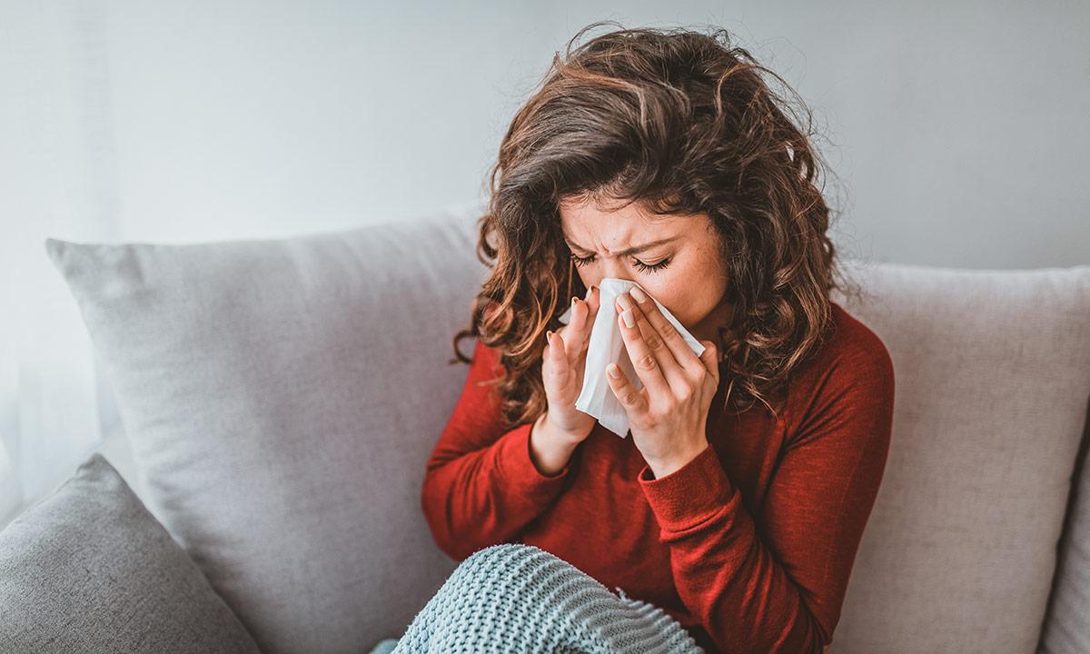 سرماخوردگی تابستانی را چگونه در خانه درمان کنیم؟