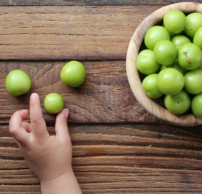 فواید و مضرات گوجه سبز