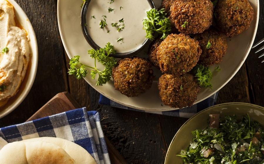 طرز تهیه فلافل لبنانی اصل با سس ماست کنجدی