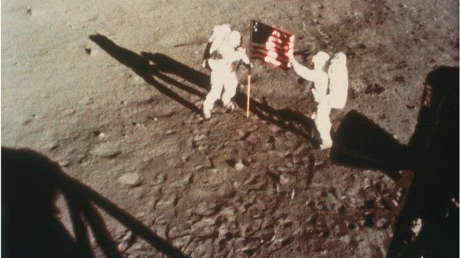 نگاهی بر ماجرای «قدم گذاشتن انسان بر روی کره ماه» پس از نیم قرن