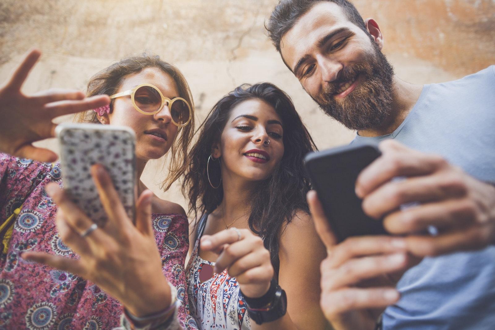 محبوب ترین رسانه های اجتماعی در میان نسل جوان