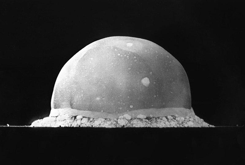آزمایش اولین بمب اتمی جهان