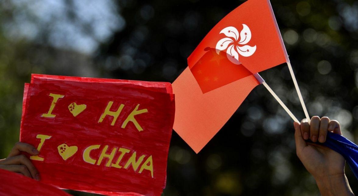 این نمادها در دنیای این روزهای مردم هنگ کنگ و به خصوص معترضان خیابانی در این کشور اهمیت قابل توجهی یافته و گروهی از آن ها این نقش ها را با جوهر روی بدن خود خالکوبی می کنند.