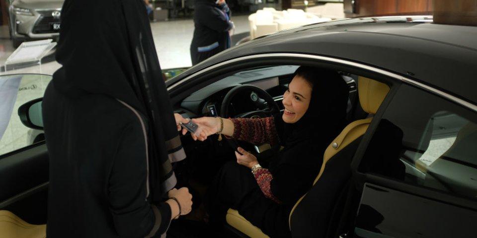 دستاوردهای اخیر زنان عربستان سعودی در مسیر برابری جنسیتی؛ از حق رأی تا اجازه سفر