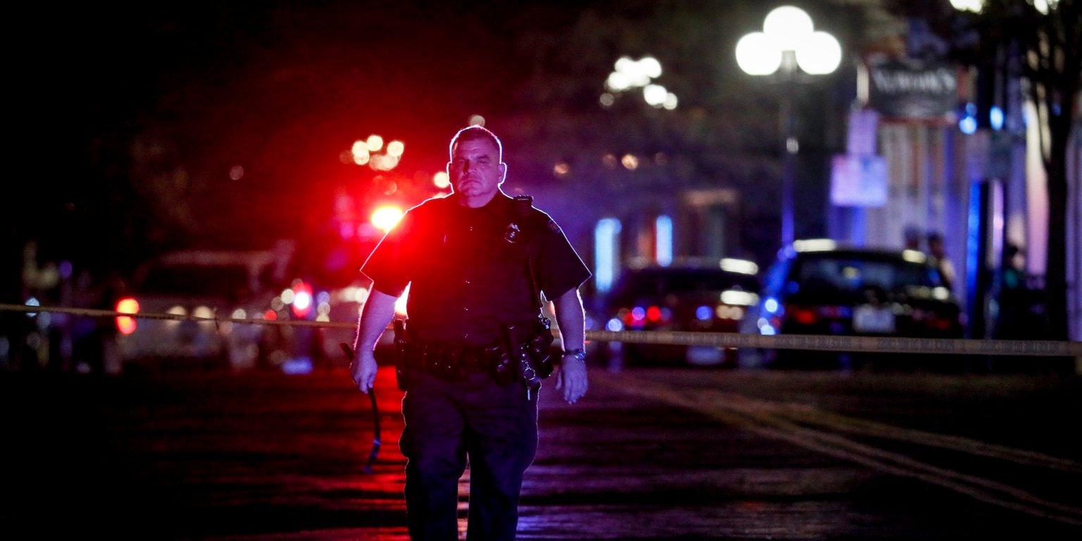 در روزهای گذشته خبر دو تیراندازی کور بزرگ و مرگبار با فاصله چند ساعت در ایالات متحده بسیاری را بار دیگر شوکه کرده