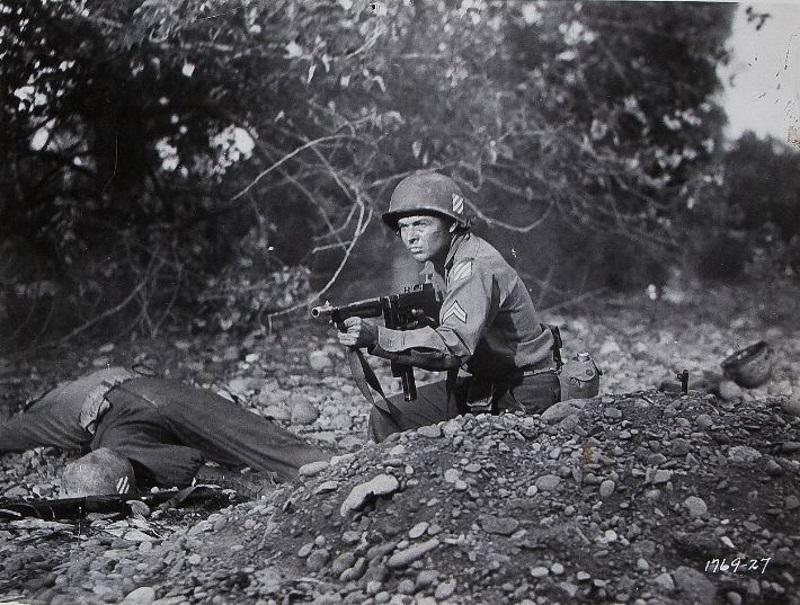 در ادامه مطلب بهترین فیلم هایی که داستان آن ها در فضای جنگ جهانی دوم به تصویر کشیده می شود معرفی خواهند شد.