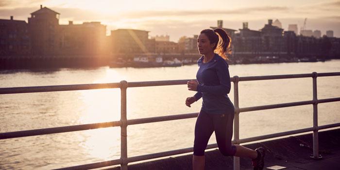 6 هورمونی که نقش بسیار مهمی در چربی سوزی و کاهش حجم چربی در بدن شما و البته داشتن تناسب اندام دارند و چگونگی تحریک ترشح بیشتر آن ها.