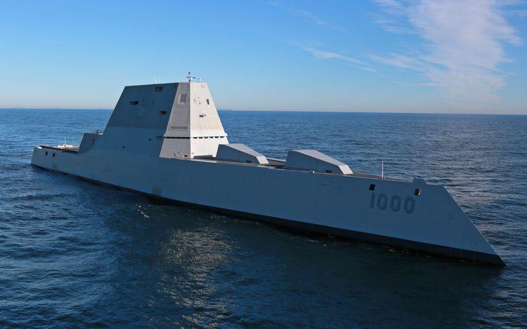 هر آنچه که باید در مورد ناوشکن های پنهانکار و پیشرفته کلاس «USS Zumwalt» بدانید