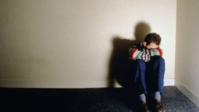 کمک به کسی که می خواهد خودکشی کند