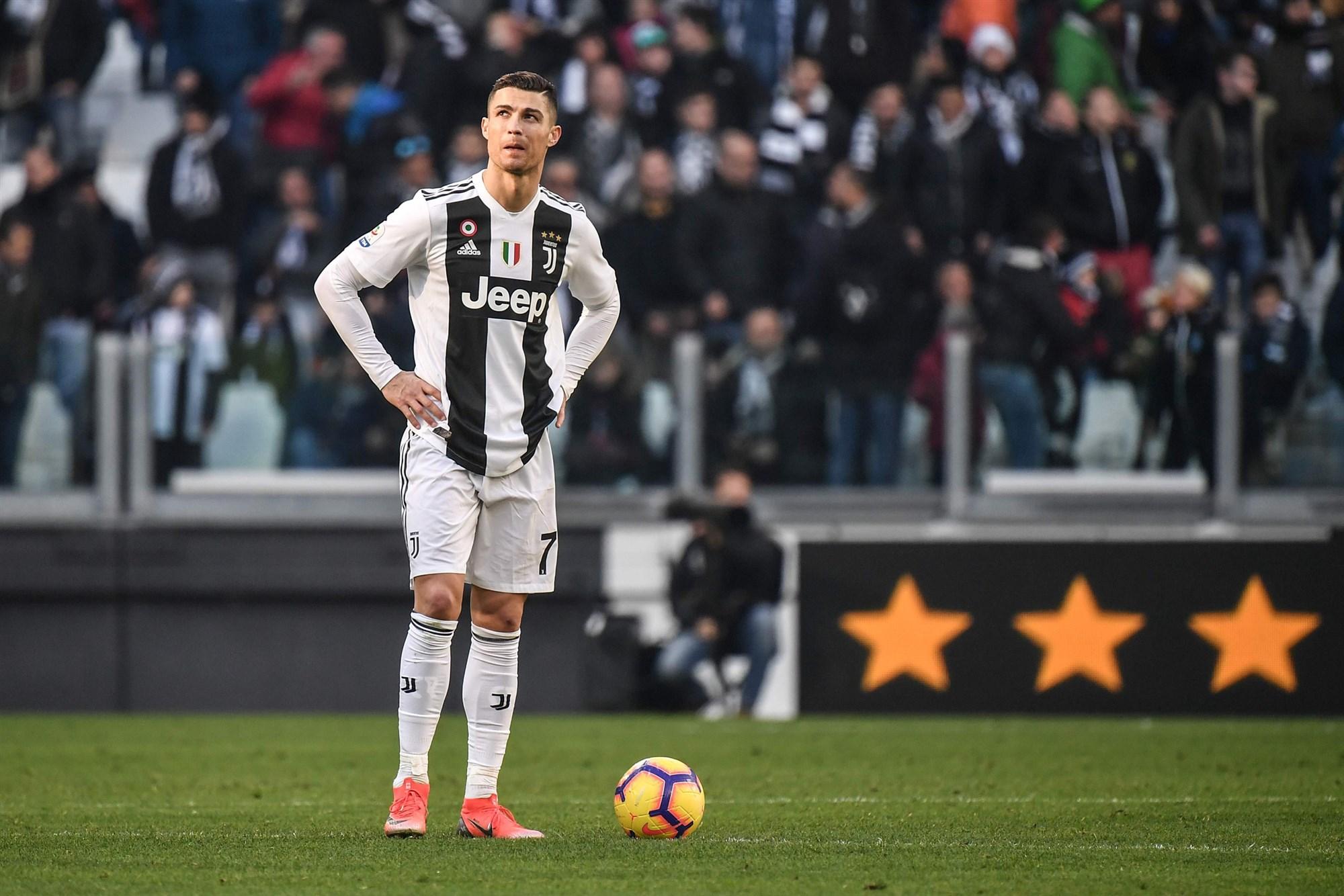 کریستیانو رونالدو ؛ فوتبالسیتی با حسرتهای ساده فراوان که تنها به ۴ نفر در جهان اعتماد دارد