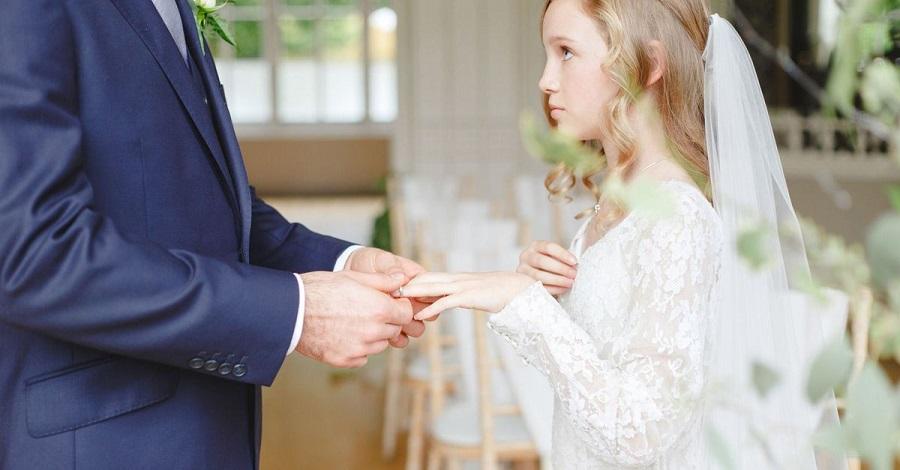 ازدواج زیر 18 سال بر سلامت جنسی کودکان چه تاثیری میگذارد؟