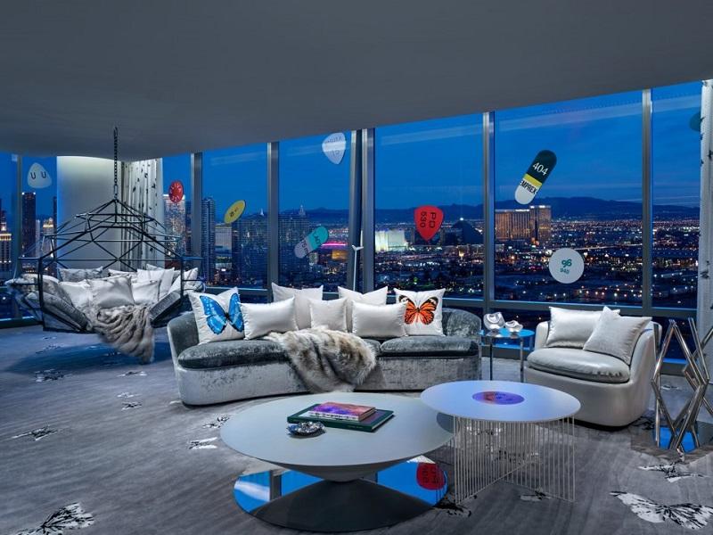 گشتی در گران قیمت ترین اتاق هتل دنیا با قیمت هر شب اجاره ۱۰۰ هزار دلار!