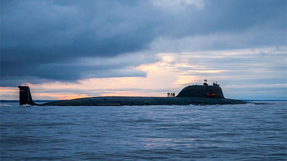 نیروی دریایی روسیه موشک های جدید زیرکان (Zircon) خود را سال آینده آینده آزمایش خواهد کرد، موشکی که به ادعای روس ها می تواند با سرعت بیش از 6.000 مایل بر ساعت (بیش از 9.600 کیلومتر بر ساعت) پرواز کند.