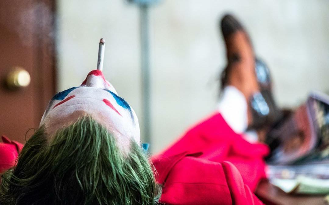 فیلم «جوکر» (Joker) پرداختی تاریک، خشن و با درجه بندی R از دلقک بدنام دنیای کمیک های دی سی مشهور به سلطان جنایت ساخته تاد فیلیپس است.