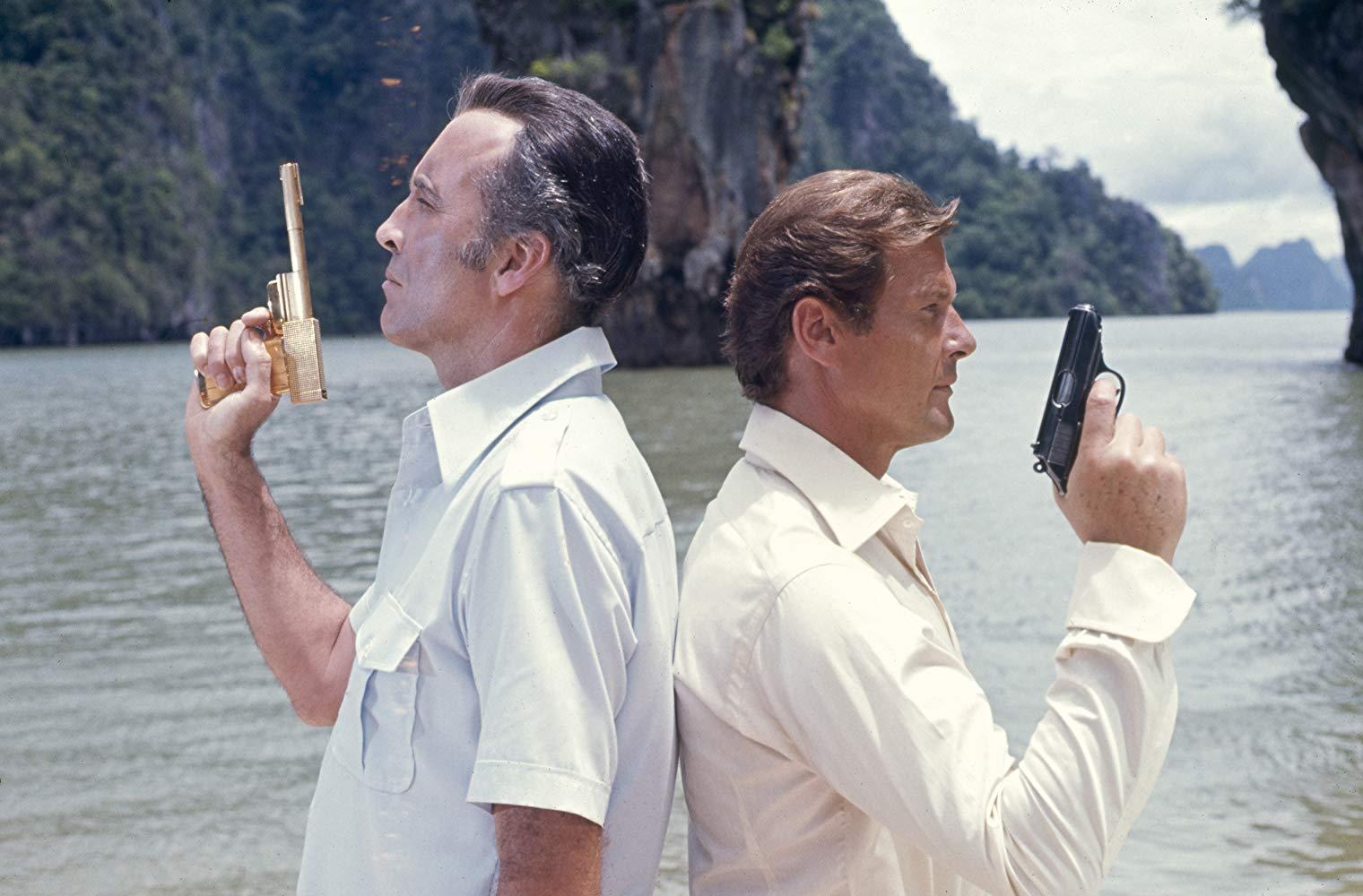 در شرایطی که انتظار انتشار آخرین مجموعه جیمز باند با بازی دانیل کریگ را می کشیم، در ادامه این مطلب قصد داریم شما را با بهترین و بدترین فیلم های جیمز باند بر اساس نمره راتن تومیتوزی که بدست آورده اند آشنا کنیم.