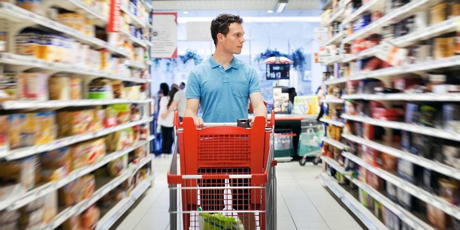 ۹ ترفند فریبکارانه فروشگاه ها برای ترغیب ما به خرید کردن