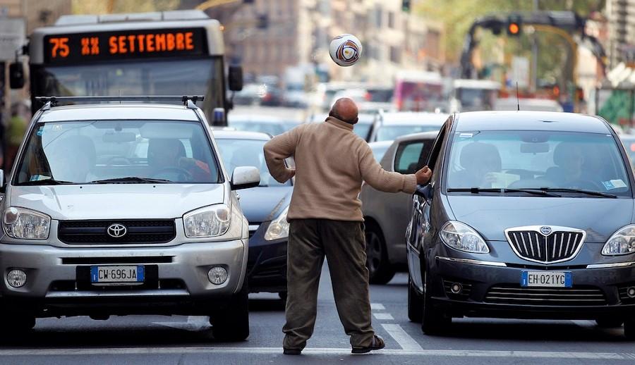 عمر گرانبهایی که پشت چراغ قرمز هدر می رود؛ ۲۰ شهر دنیا که بیشترین ترافیک را دارند