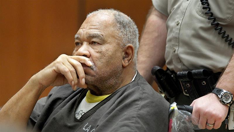 ساموئل لیتل، 79 ساله، به بیش از 93 مورد قتل بین سال های 1970 تا 2005 در سراسر نقاط ایالات متحده اعتراف کرده است که اکثر قربانیان او را زنان تشکیل می دهند.