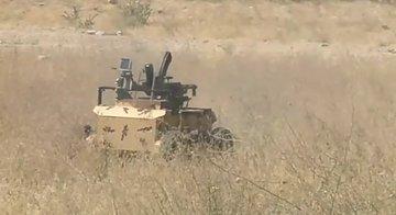 ارتش در حساب توئیتری خود از یک خودرو نظامی کوچک با نام حیدر-1 با قابلیت کنترل از راه دور رونمایی کرده که می توانند خطری برای تانک ها و خودروهای زرهی باشد.