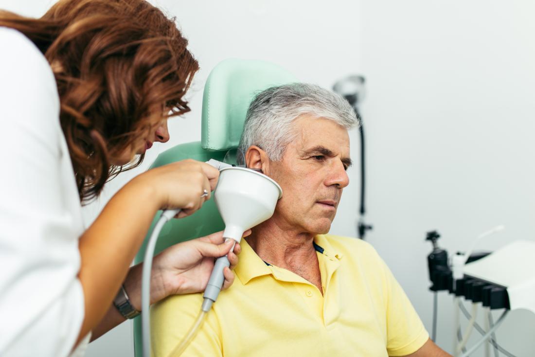 شستشوی گوش یک روش تمیز کردن گوش است که از آن برای خارج کردن جرم گوش (چرک گوش) اضافی استفاده می شود.