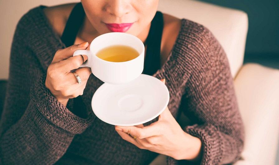 اکسیر جادویی کاهش وزن: بهترین نوشیدنیهای آخرشبی برای خلاص شدن از چربی شکم