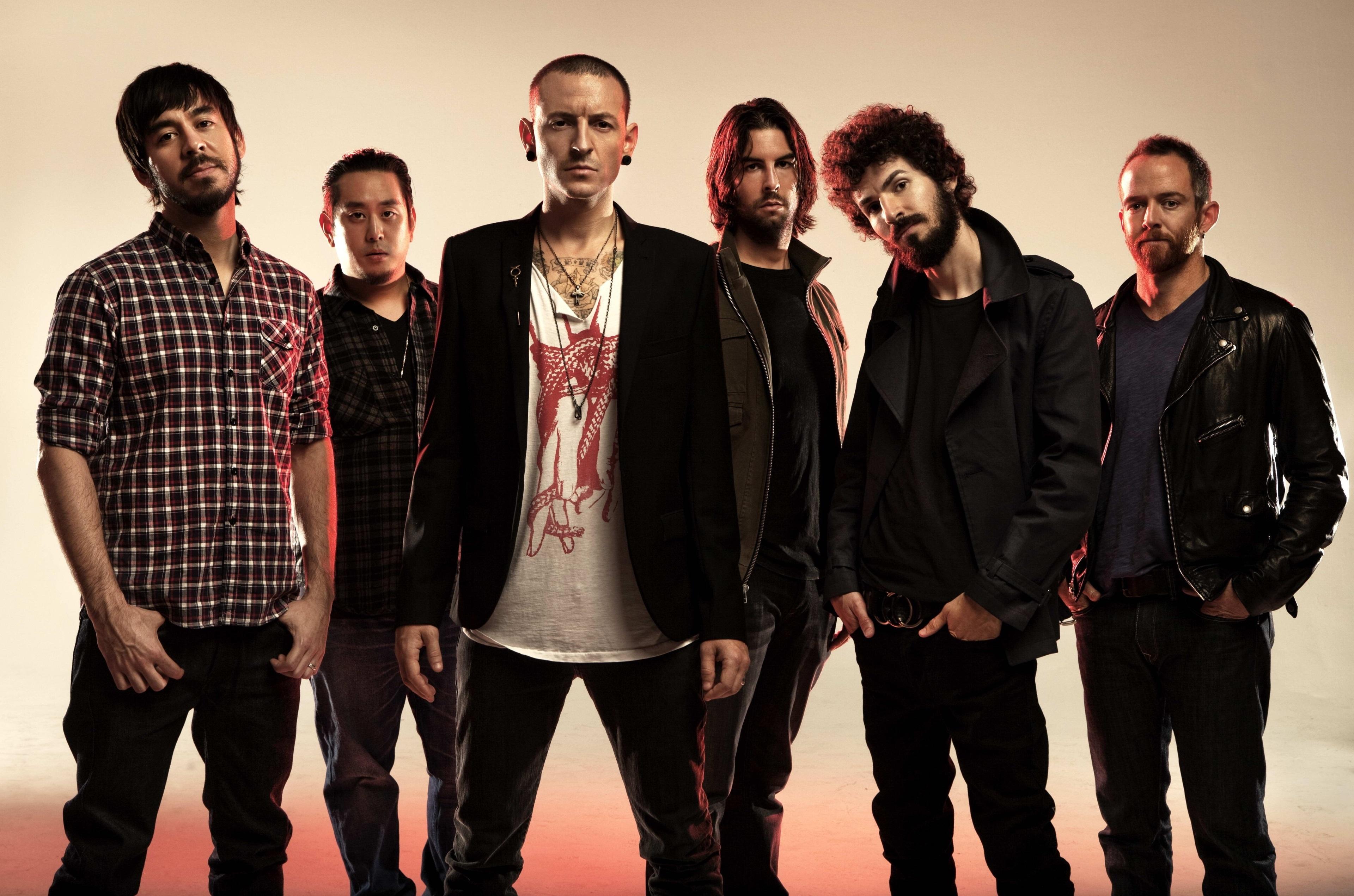 ۱۰ آهنگ برتر گروه موسیقی راک «Linkin Park»؛ از «خطی در شن» تا «دسامبر من» [قسمت اول]