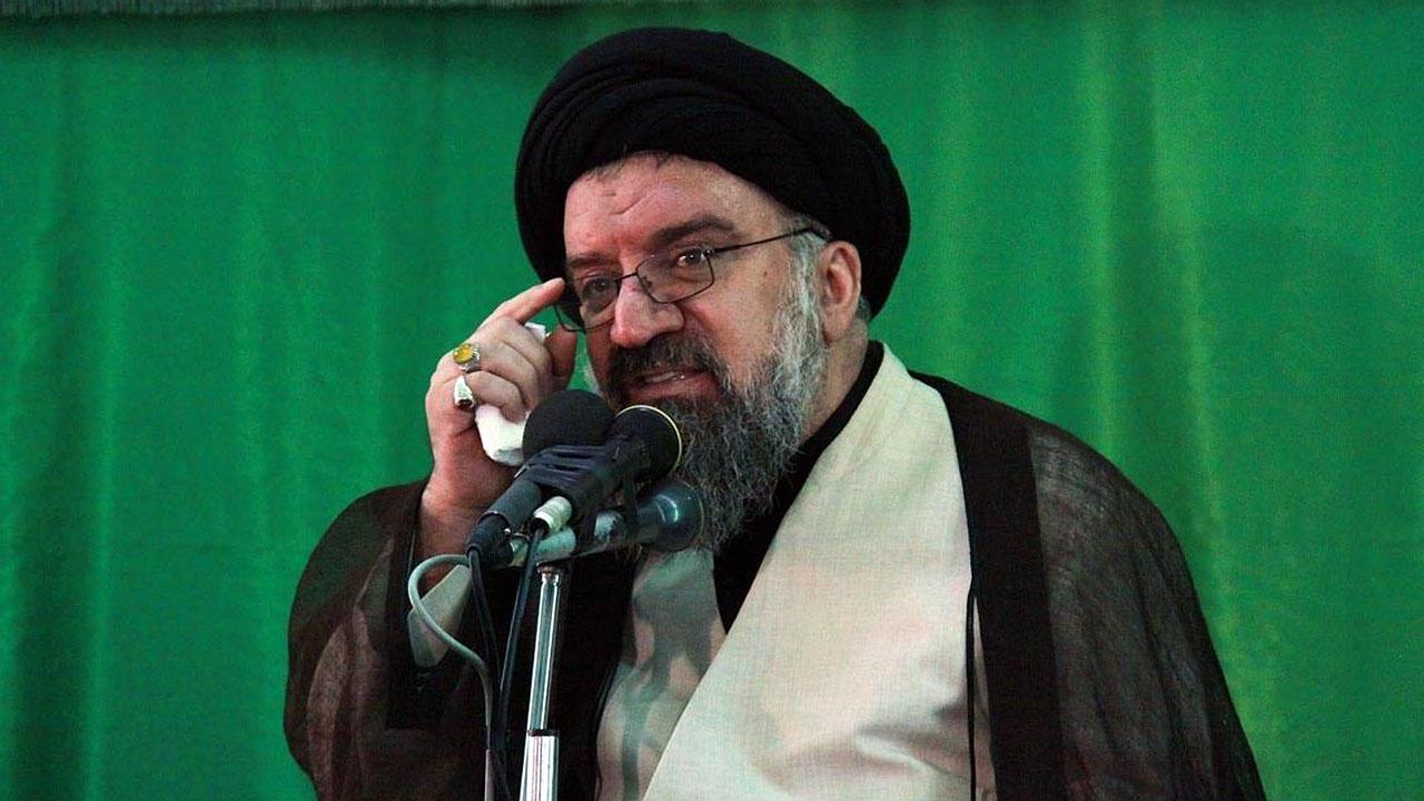 امام جمعه تهران: اینترنت را باز باز نکنید