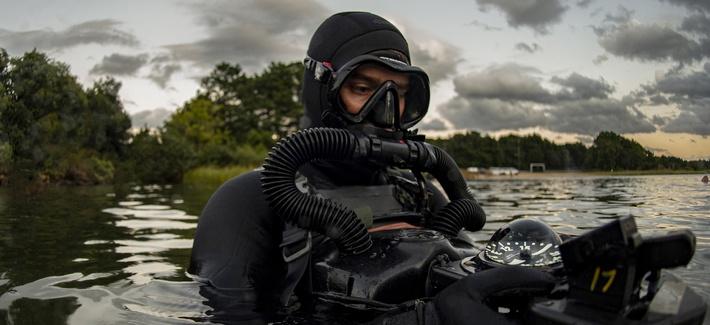 یک کمپانی آمریکایی در حال توسعه یک گلوله جدید برای نیروهای ویژه است که با استفاده از فرآیند «فراحفره زایی» (supercavitation) می تواند در آب نیز حرکت کند.