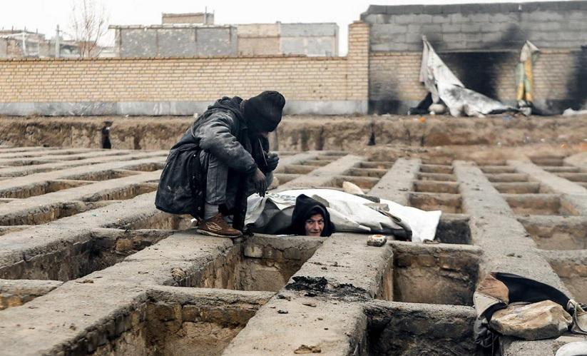 داستان ثریا: تن فروشی زن تهرانی با ۳ مرد در گورستان؛ بخاطر فلافل