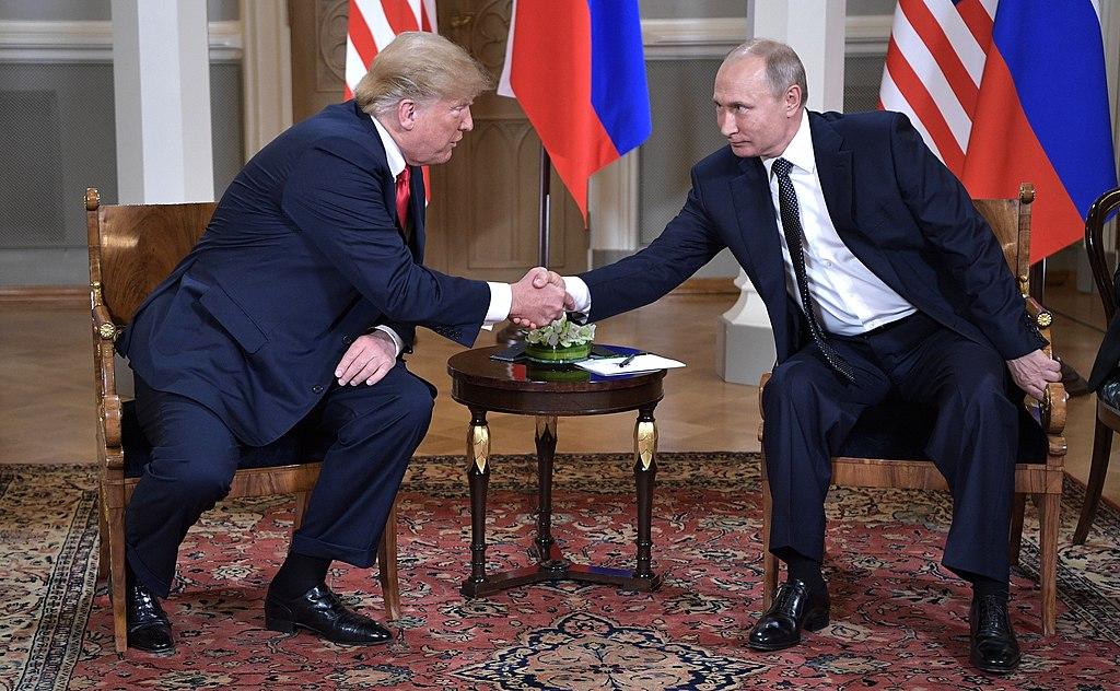 ماجرای استیضاح دونالد ترامپ، رییس جمهور ایالات متحده، شاید یک تمرین دموکراسی جدی برای یافتن حقیقت باشد اما وضعیت دموکراسی و آزادی در جهان اصلاً خوب نیست.
