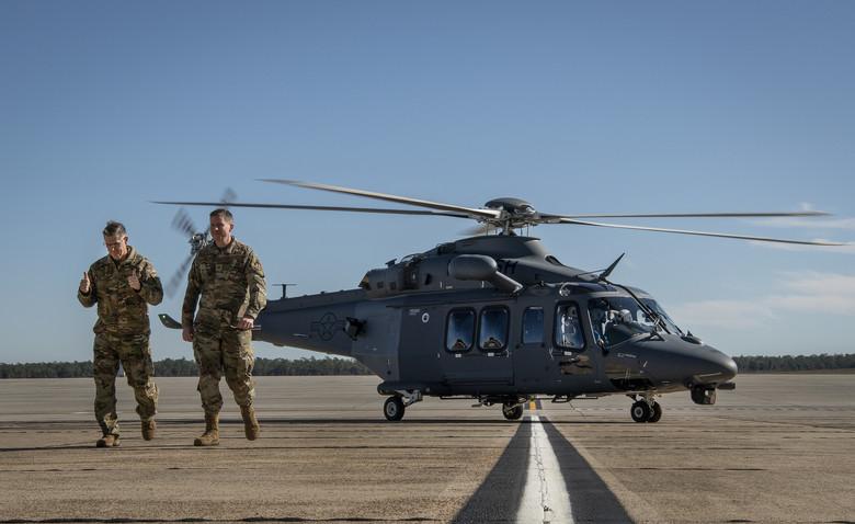 واحد موسوم به Global Strike Command نیروی هوایی ایالات متحده اولین هلیکوپتر جدید مربوط به نیروهای امنیتی خود را با نام «گرگ خاکستری» (Grey Wolf) دریافت کرد