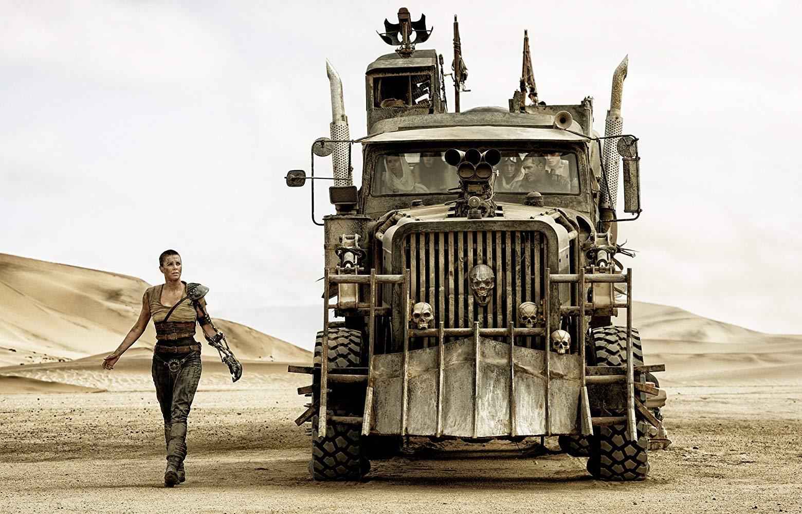 از آنجایی که این فیلم هنوز در مراحل اولیه تولید قرار دارد، نمی توان در مورد تاریخ انتشار دنباله «مکس دیوانه: جاده خشم» (Max Mad: Fury Road) صحبت دقیقی داشت.