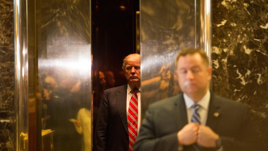 از زمان راهیابی به کاخ سفید، دونالد ترامپ به طور مداوم از ناتو (سازمان پیمان آتلانتیک شمالی) به خاطر میزان مشارکت مالی اعضا انتقاد کرده است.
