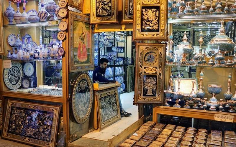 گشتی در مراکز خرید نصف جهان: اصفهان گردی در بازارهای زیبا با معماری تاریخی