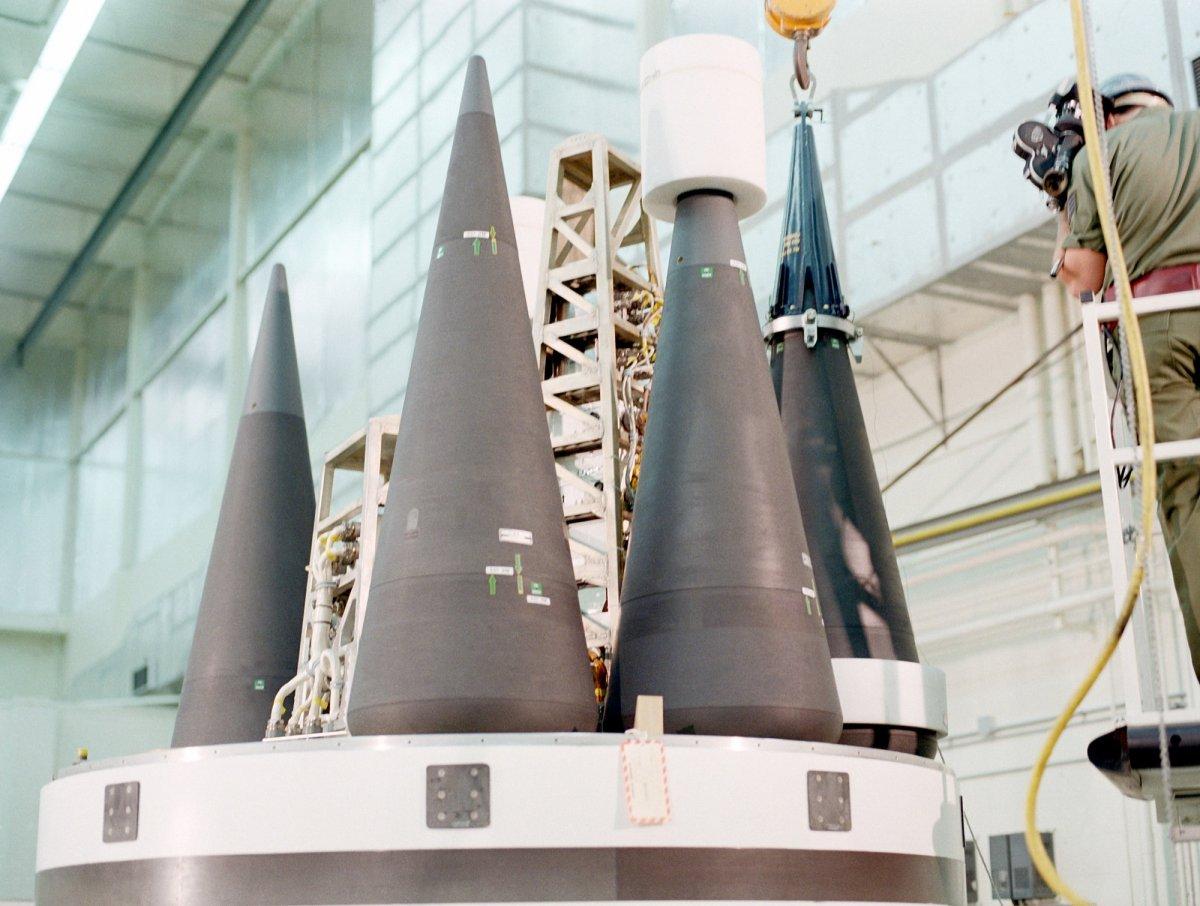 موشک بالستیک قاره پیما (Intercontinental Ballistic Missile (ICBM)) قوی ترین و ترسناک ترین سلاحی است که تا به امروز ساخته شده است.