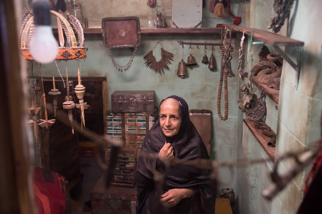 جشنواره فیلم فجر ۳۸؛ نقد فیلم سینمایی «پوست»: شیری که عاشق آهو شد