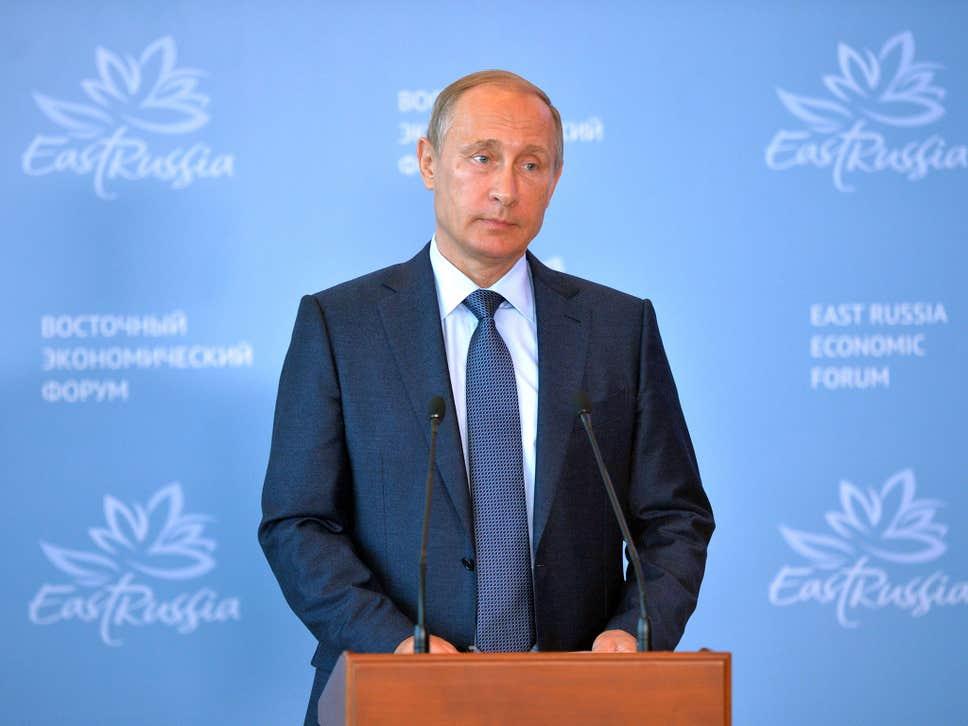 ولادیمیر پوتین ، رییس جمهور روسیه، در ماه های اخیر تغییرات گسترده و بی سابقه ای را در دولت خود ایجاد کرده و به وضوح برای آینده سیاسی خود برنامه ریزی می کند.