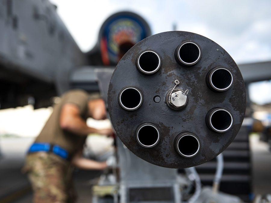 موشک جدید و نامتعارف «Gunslinger» مجهز به یک توپ خودکار است که می تواند با هواپیماهای دشمن یا نیروهای آن در روی زمین درگیر شود.
