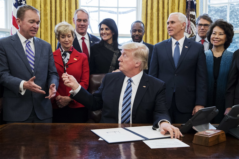 بودجه ۵ تریلیارد دلاری «دونالد ترامپ»؛ کاهش کمکهای خارجی و افزایش سهم ارتش و ناسا