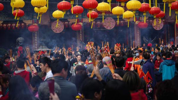 سال جدید قمری فرا رسیده و علیرغم شیوع ویروس کرونا در سراسر جهان و به ویژه در چین، بازار پیشگویی ها برای سال جدید در این کشور و به طور کلی آسیای شرقی داغ است.