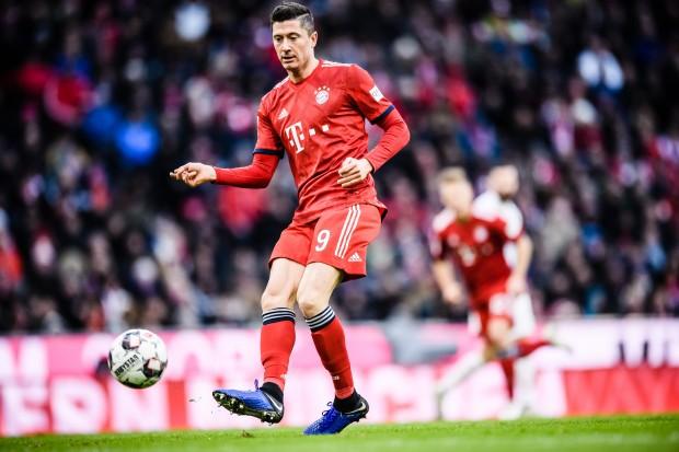 در شرایطی که 5 لیگ برتر فوتبال اروپا به دلیل شیوع کرونا در حالت تعلیق قرار دارند، کدام بازیکن در طول فصل 2020-2019 بهترین عملکرد را داشته است؟
