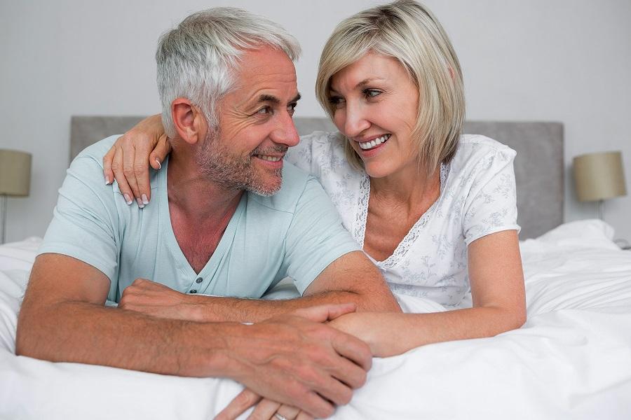 آیا داشتن رابطه جنسی زیاد برای همسران خوب و مفید است یا مخرب و خطرناک؟