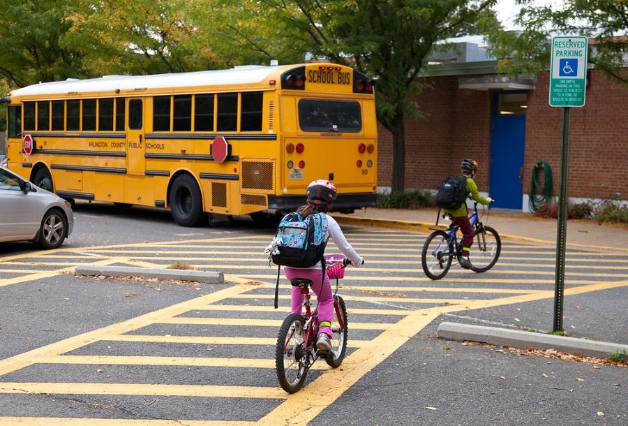 خطر در مدرسه و مهد کودک؛ با خطرناکترین چیزها در اماکن آموزشی آشنا شوید