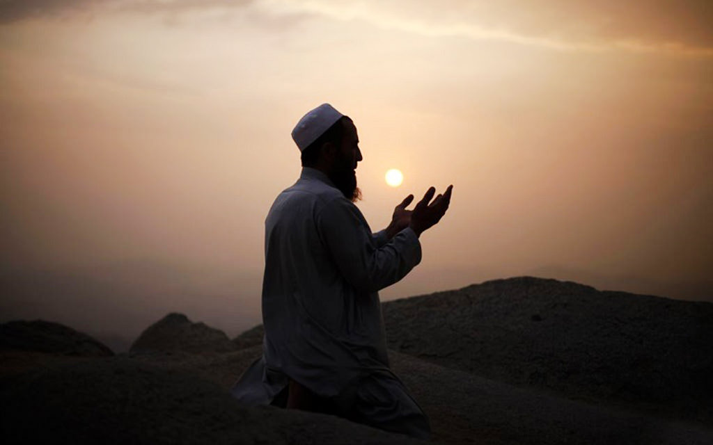 نماز اول ماه شعبان