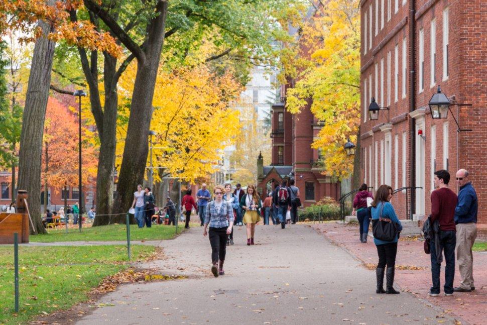 ۱۰ واقعیت ناخوشایند در مورد دانشگاه ها و دانشجو بودن در ایالات متحده [قسمت اول]