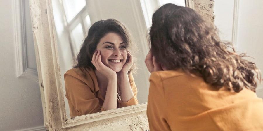 چطور بدون آرایش چهره ای زیبا و جوان داشته باشیم؟