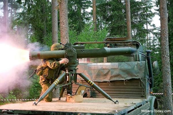 انواع موشک هدایت شونده ضد تانک امروزی مانند Spike و Javelin باعث شده اند که نیروهای نظامی بتوانند تانک ها و خودروهای زرهی بسیار سنگین را متوقف سازند.