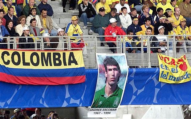 در ادامه این مطلب قصد داریم شما را با برخی از بزرگ ترین رسوایی های دنیای فوتبال که جهانیان را در شوک فرو برد آشنا کنیم.