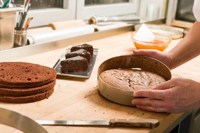 مشکلات رایج در پخت کیک